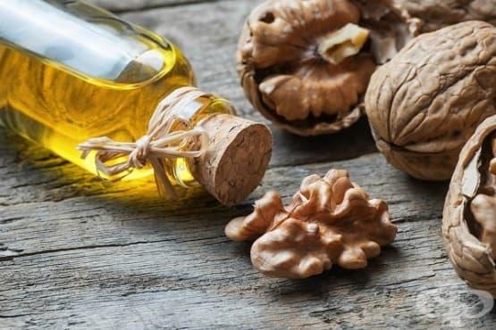Облекчете възпалената кожа с масло от орех - изображение