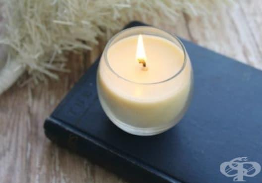 Внесете уют и хармония у дома с ароматна свещ от бяла ела - изображение