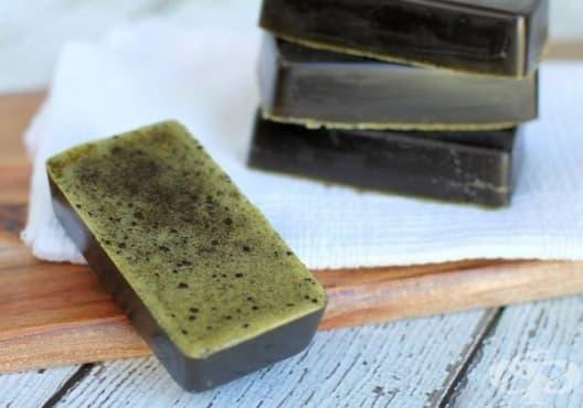 Заличете акнето със сапун от лимон и зелен чай - изображение