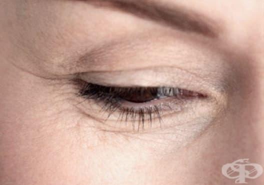 Заличете бръчките по кожата с маска от ябълка, грозде и алое - изображение