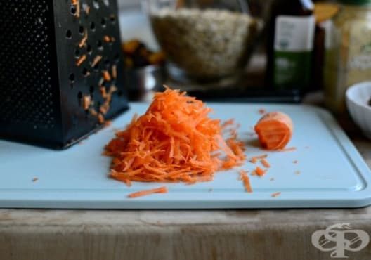 Заличете стриите по кожата с морков, зехтин и мандарина - изображение