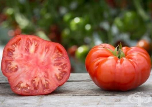 Заличете тъмните кръгове под очите с домат - изображение