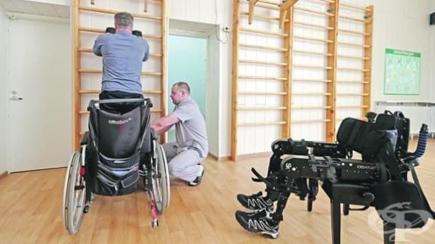 Инвалидна количка с възможности за изправено положение на човека създадоха руски инженери - изображение