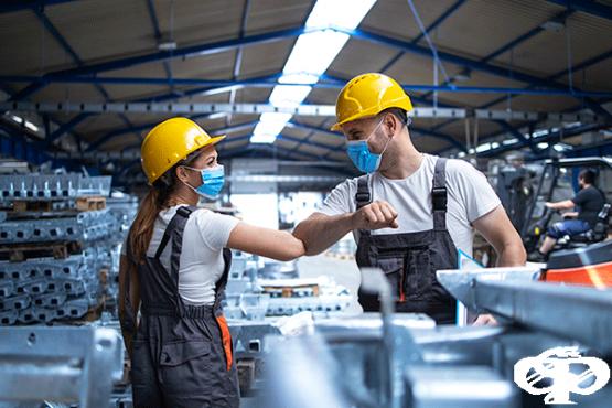 Какво трябва да знаят работодателите за безопасността на работно място в условията на COVID-19 - изображение