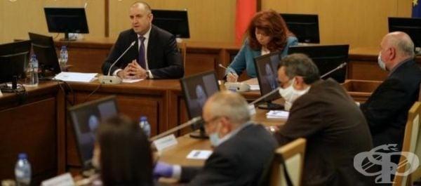 Кръгла маса за социалните и икономически измерения на кризата COVID-19 организира държавният глава - изображение