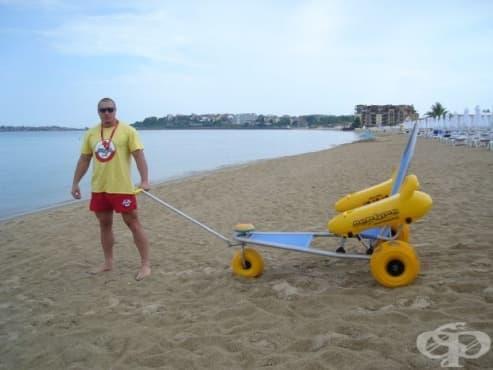Южният плаж в Слънчев бряг е достъпен за хората с увреждания - изображение