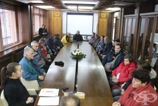 В Банско назначиха на работа 20 безработни с трайни увреждания - изображение