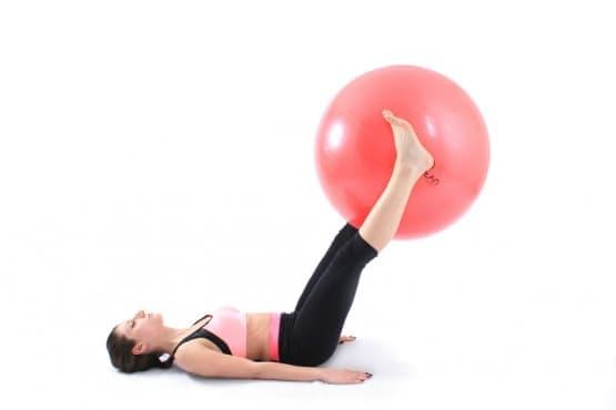 3х3х3 домашна тренировка за стегнато и плоско коремче - изображение