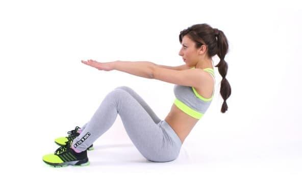 15-минутна кръгова тренировка за начинаещи, с която да стегнете мускулите и да започнете да сваляте килограми - изображение