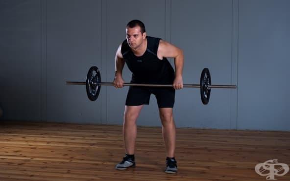 Упражнения за гръб с щанга - изображение