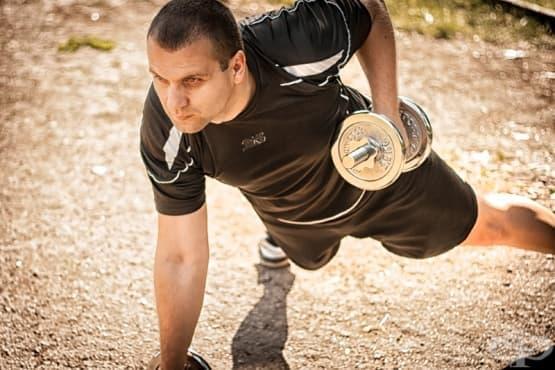 7 упражнения с тежести, които всеки трябва да прави - изображение
