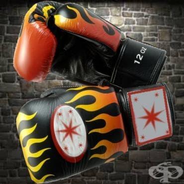 Боксови ръкавици - изображение