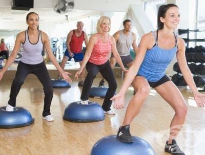 Модерните фитнес и аеробик класове - изображение