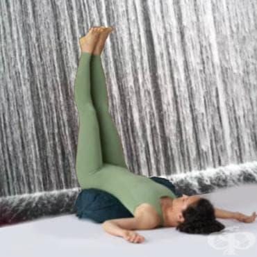 Йога поза Випарита Карани - изображение