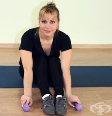 Цялостна тренировка с гири за жени - изображение