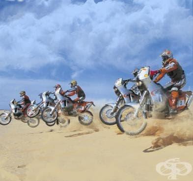 Ендуро мотоциклет - изображение