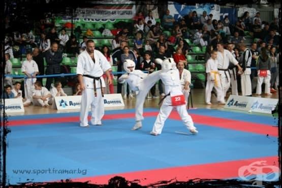 Сенсей Иван Команов спечели 30-тото юбилейно издание на най-стария турнир по карате в България - изображение