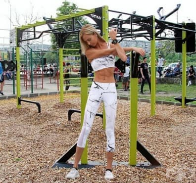 Лесна тренировка на лостове за жени - изображение
