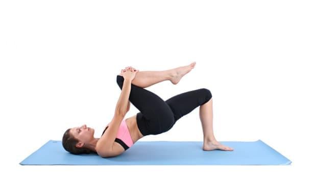 Пилатес упражнения за крака за стягане и оформяне на долната част на тялото - изображение