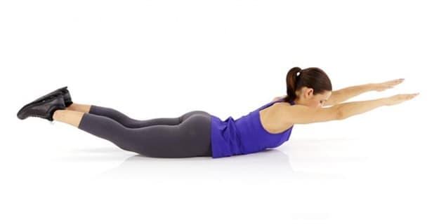 5 основни пилатес упражнения за здрав и изправен гръб - изображение