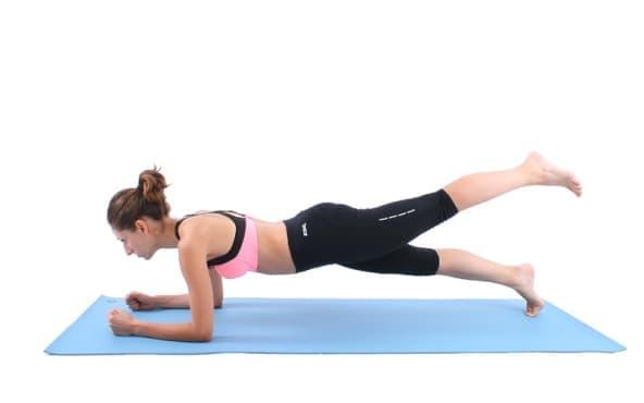 Планк тренировка за цялото тяло със страхотни резултати - изображение