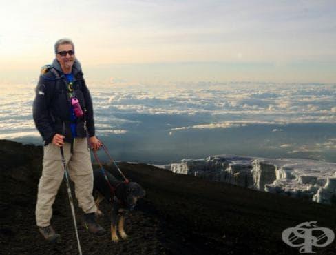 Ранди Пиърс пробяга бостънския маратон и планира изкачване на Килиманджаро... въпреки, че е сляп - изображение