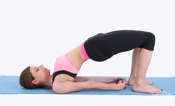 6 разтягащи упражнения за повдигане на раменете и изправяне на стойката - изображение