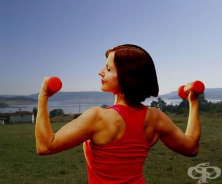 Домашна тренировка с най-добрите упражнения за сила при жените над 50 - първа част - изображение