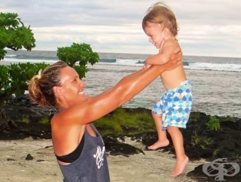 Упражнения за тонизиране на ръцете с помощта на вашето бебе - изображение