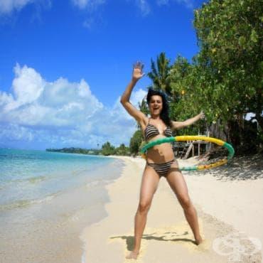 Тренировка с хавайски обръч хула-хуп - изображение
