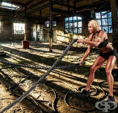 Тренировка с бойни въжета - изображение