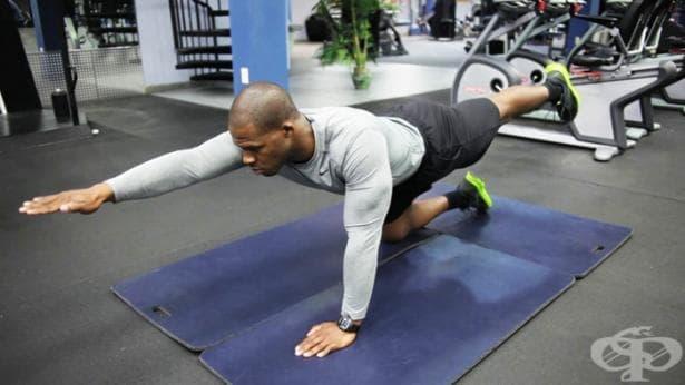 10 упражнения във фитнес залата за предпазване от болки в кръста - изображение