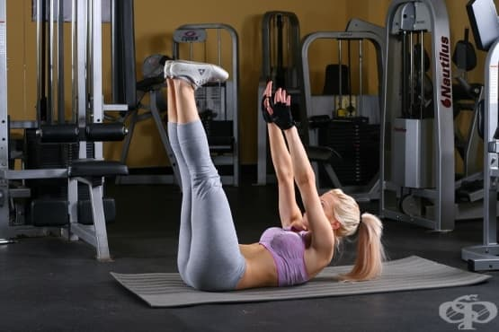 5 упражнения, с които да стегнете корема и отслабнете у дома - изображение