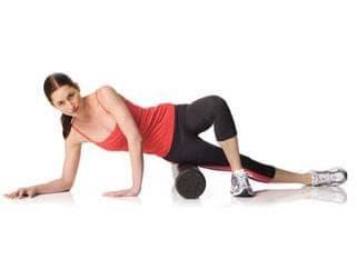 Упражнения с фоумролер за разпускане на мускулите след бягане - изображение