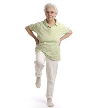 Упражнения за подобряване на баланса и силата при възрастни хора - изображение