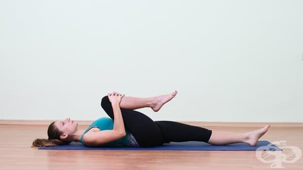 Упражнения за подобряване на подвижността в тазобедрените стави и областта на кръста - изображение