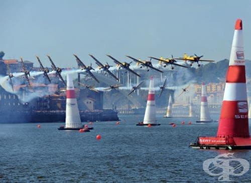 Въздушни състезания - изображение