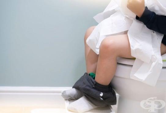 Черни изпражнения при деца - изображение