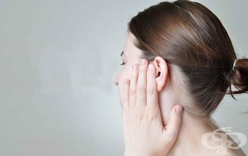 Секрети, изтичащи от ухото - изображение