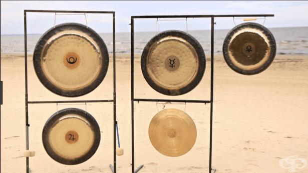Как вибрациите и музиката на гонга и тибетските купи действат на здравето ни? - изображение